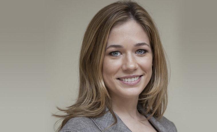 Elise Jordan Lips Plastic Surgery