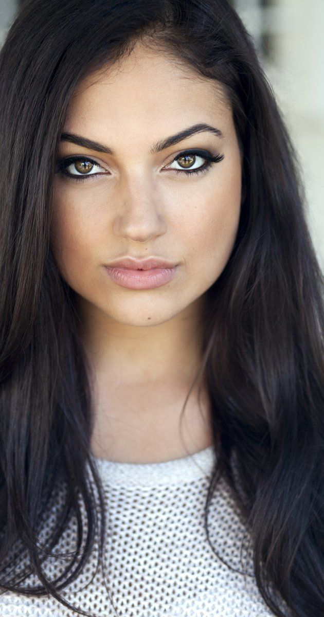Inanna Sarkis Lips Plastic Surgery