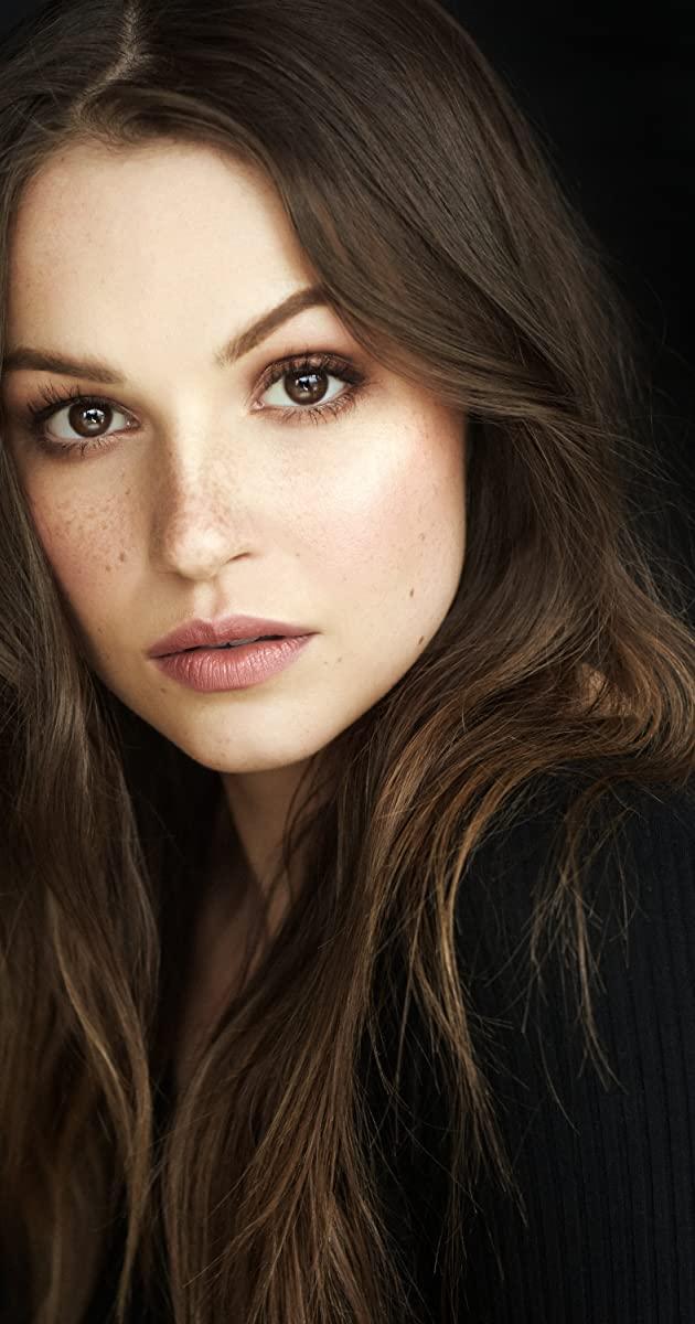 Kayla Wallace Botox Plastic Surgery
