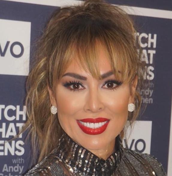 Kelly Dodd Lips Plastic Surgery