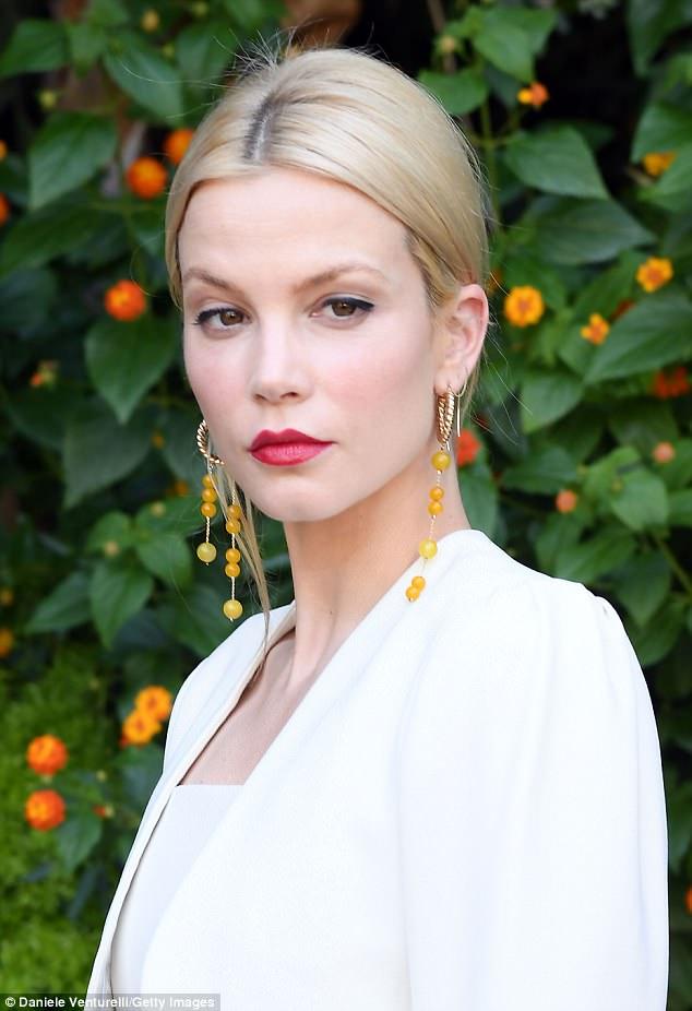 Sylvia Hoeks Lips Plastic Surgery