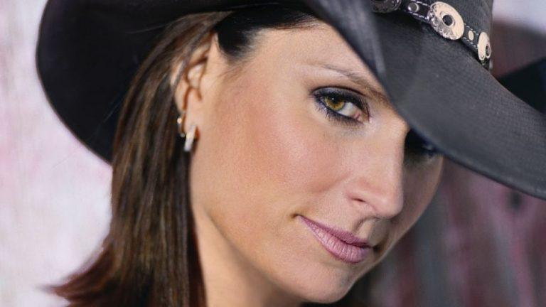 Terri Clark Nose Job Plastic Surgery