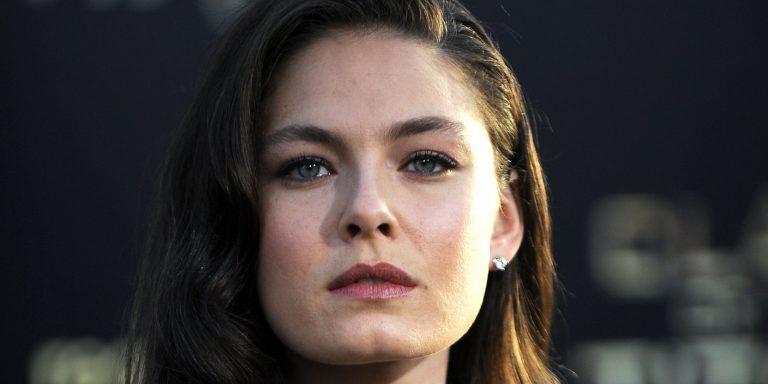 Alexa Davalos Botox Nose Job Lips Plastic Surgery Rumors