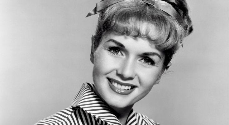Debbie Reynolds Plastic Surgery Nose Job Boob Job Botox Lips