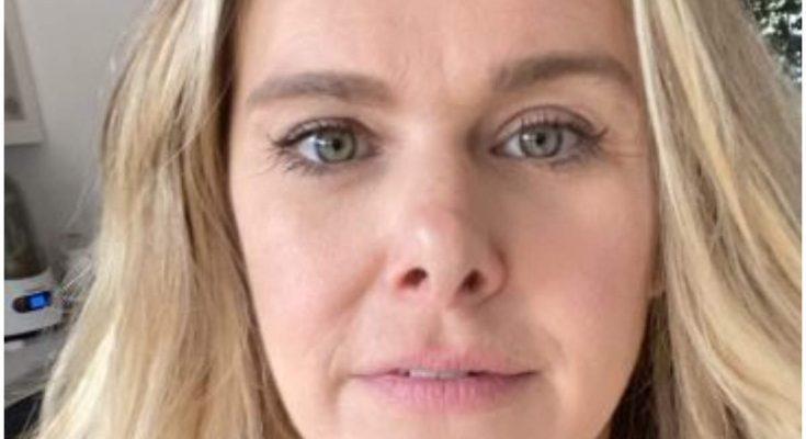 Laura Bell Bundy Plastic Surgery Nose Job Boob Job Botox Lips
